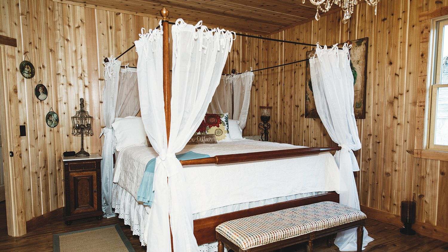 Hay Barn Loft Bridal Suite