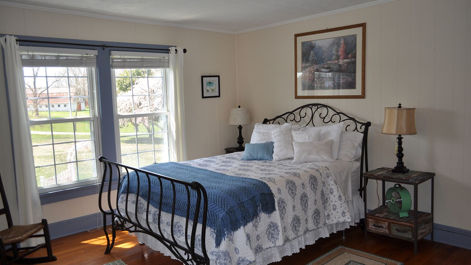 Farmhouse Queen Guest Bedroom